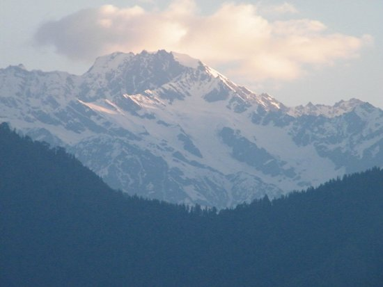 The Srikhand (HPTDC): View of the Srikhand range from the room