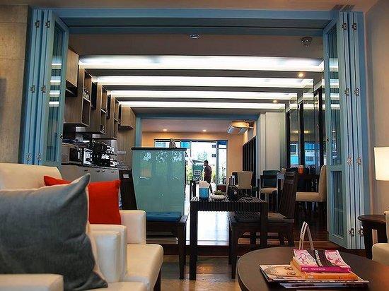 Apo Hotel: Coffee house