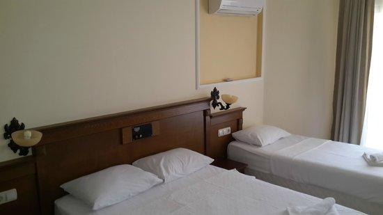 Adaburnu Golmar Hotel : triple oda