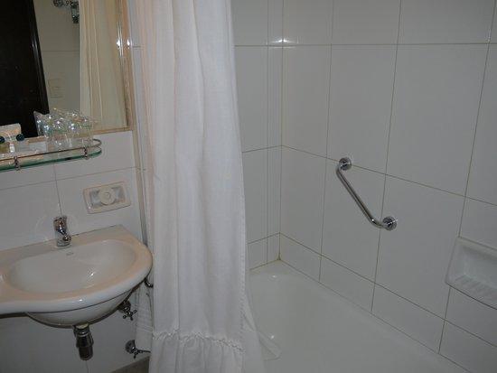 Principado Downtown: Ванная комната