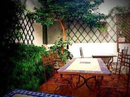 La Croisee des Saveurs : La terrasse