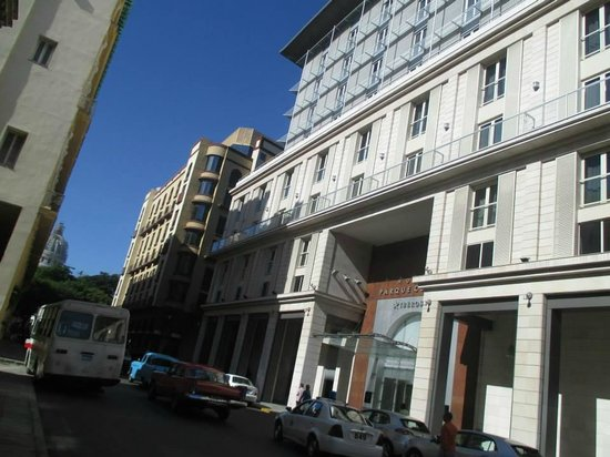 IBEROSTAR Parque Central: New part of hotel exterior