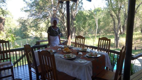Kuname Lodge: Our Lunch served at our veranda when we arrived