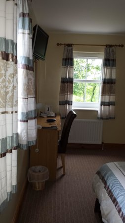 Groarty House & Manor B&B: beech room