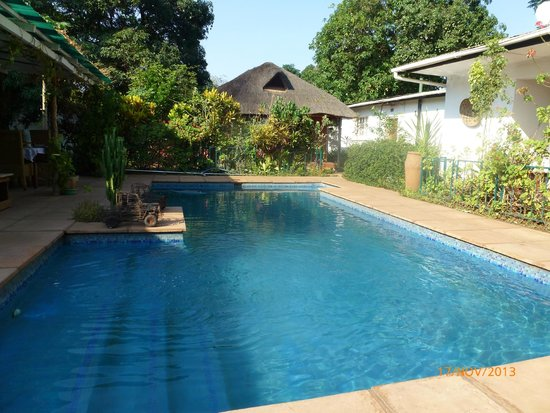 Tabonina Guesthouse: Swimming Pool