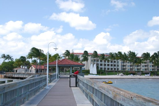 Casa Marina, A Waldorf Astoria Resort: View of the hotel from the pier