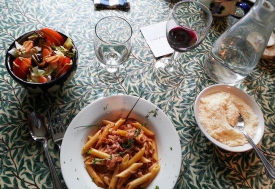 La Bella Vita: Smaller portions offered on menu