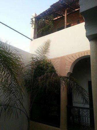 Riad Itrane : Cortile