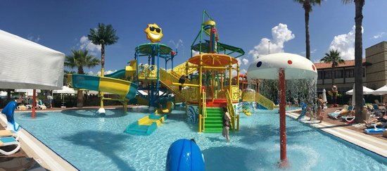 Paloma Grida Resort & Spa: New Water Park for the Kids
