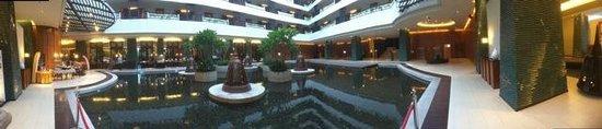 Millennium Resort Patong Phuket: Lobby of hotel