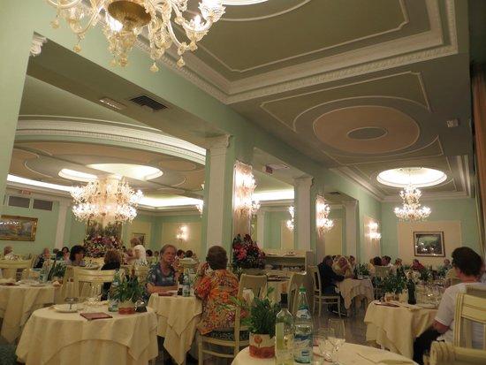 Palace Hotel Meggiorato : Sala da pranzo