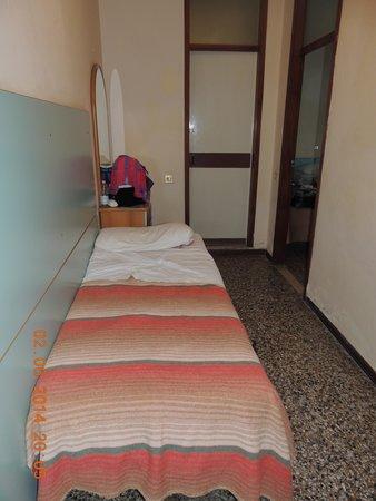 Hotel Telstar: letto nell'ingresso