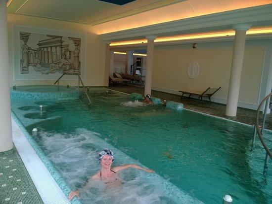 Palace Hotel Meggiorato: La piscina termale attrezzata