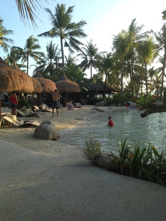 Bali Mandira Beach Resort & Spa: Beach Pool