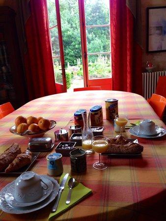 Petit Garros: Petit-déjeuner