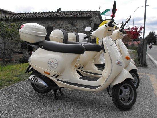 Chianti 500 Rentals: Our Vespa 125 cc