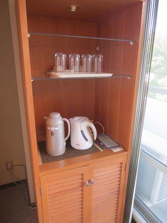 Hotel Spax Kusatsu: 冷蔵庫周り