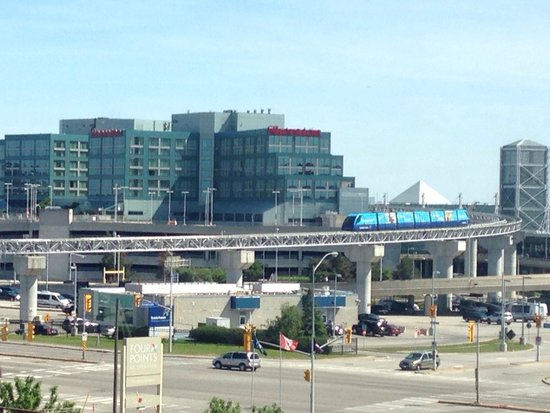 Four Points by Sheraton Toronto Airport : View from room 526