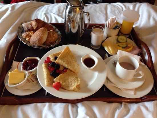 Sheraton Stockholm Hotel: Breakfast succulent