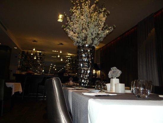 Mamaison Hotel Andrassy Budapest : salle à manger design