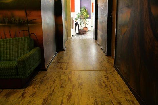 baxpax Mitte Hostel: the hallway