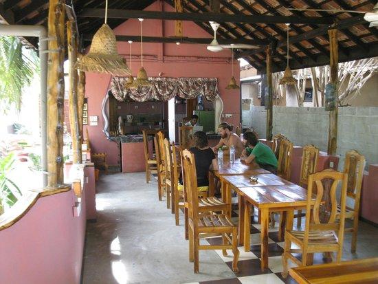 Panama Village Resort, Arugambay : Dining Place