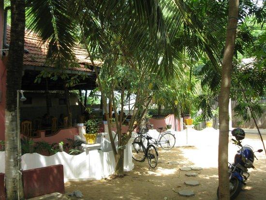 Panama Village Resort, Arugambay : Space