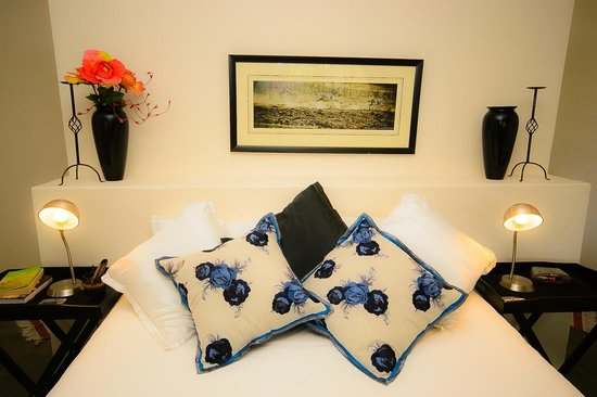 Nandina Guest House & Self Catering Cottages: Family Room sleeps 2 adults and 2 children