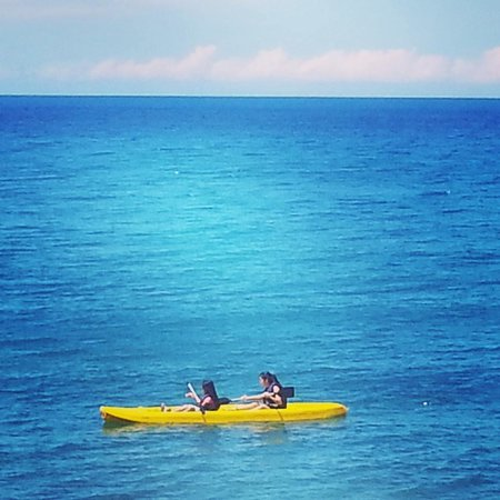 Kuting Reef: Kayaking