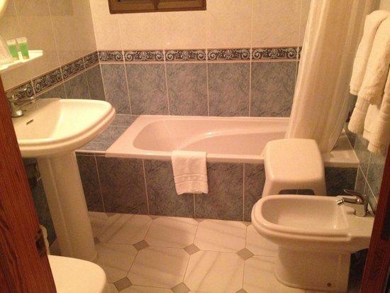 Hotel Roca Bella: bagno