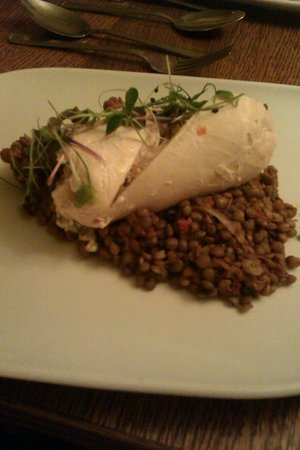 Woodford Bridge Country Club: Chicken with puy lentils