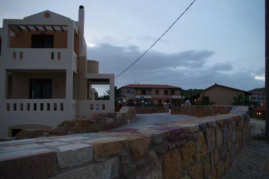 Sun Village Beach Hotel Apartments : hotellet