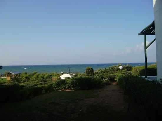 Aldemar Cretan Village : вид на море из номера