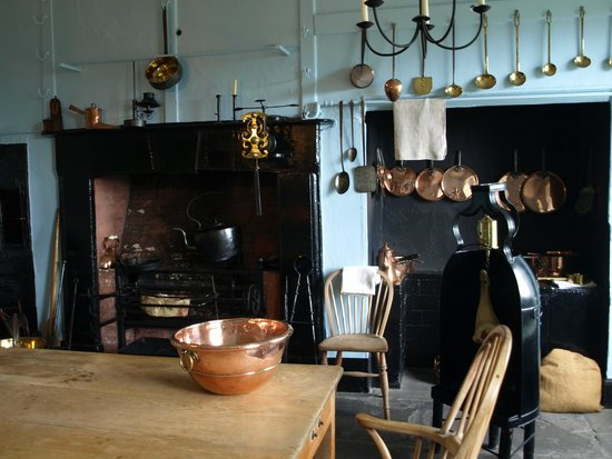 The Georgian House Museum: The kitchen