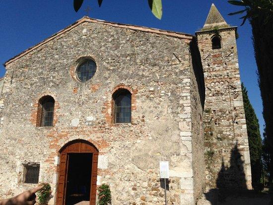 Villa Paradiso : Chiesa di San Pietro