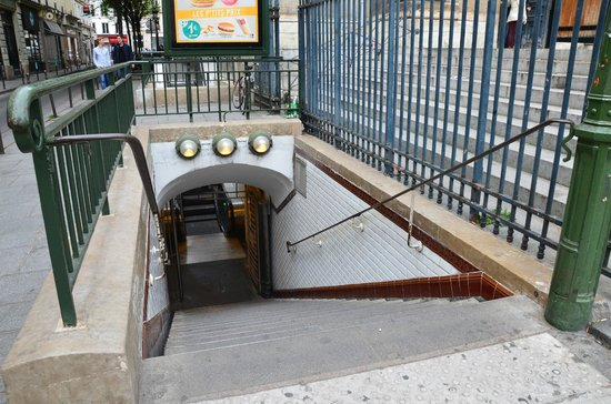 Photo Tours In Paris: Метро в Париже