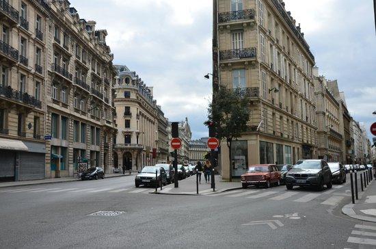 """Photo Tours In Paris: И """"Копейка"""""""