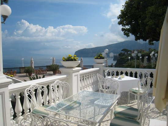 Europa Palace Grand Hotel: View from Breakfast Terrace