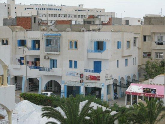 Delphin El Habib : фото из балкона