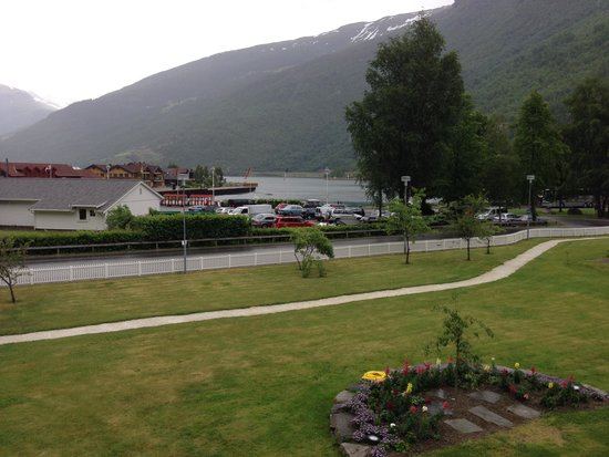 Flåm Hiking AS : view from hotel room