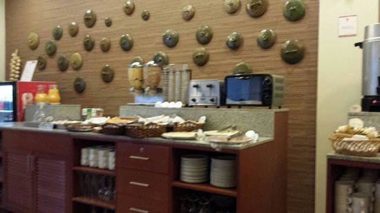 Casa Andina Standard Puno: Breakfast buffet