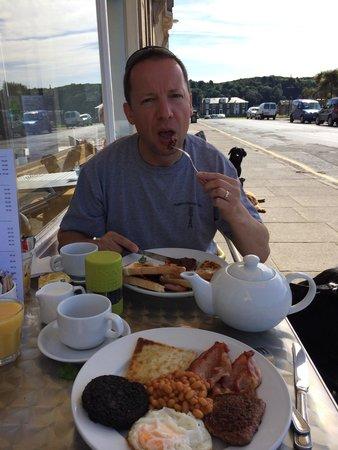 The Dancing Midge Cafe: Full Scottish Breakfast ! Yummy.