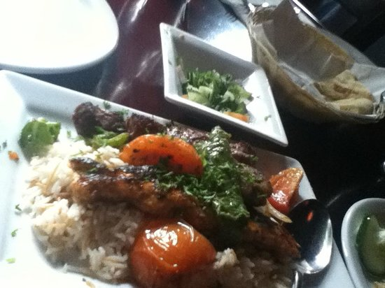 Troy Restaurant: SET MENU with chicken, lamb and tenderloin