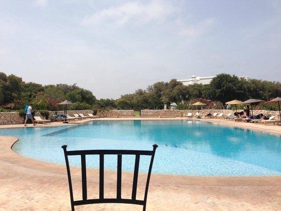 Domaine de l'Arganeraie : Petit dèj en face de la piscine