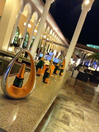 Gran Meliá Palacio de Isora Resort & Spa: Champagne