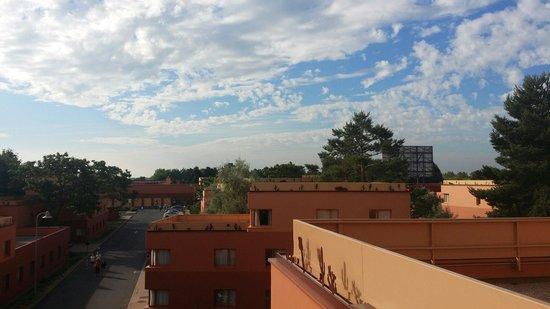 Disney's Hotel Santa Fe : L immense hote santa-fe disneyland Paris
