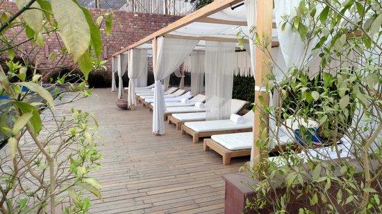Raas Pool Lounge Chairs