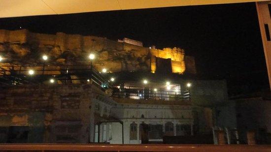 Raas Night View