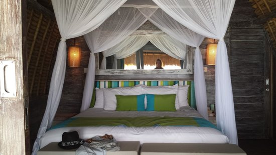 Hai Tide Beach Resort: das innere unserer Hut :)