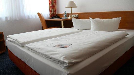 ACHAT Comfort Dresden: Bed